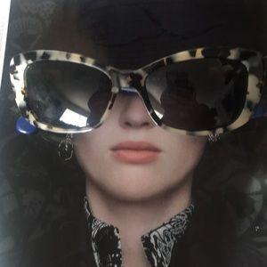 NWOT Kate Sp♠️de sunglasses. Pristine.